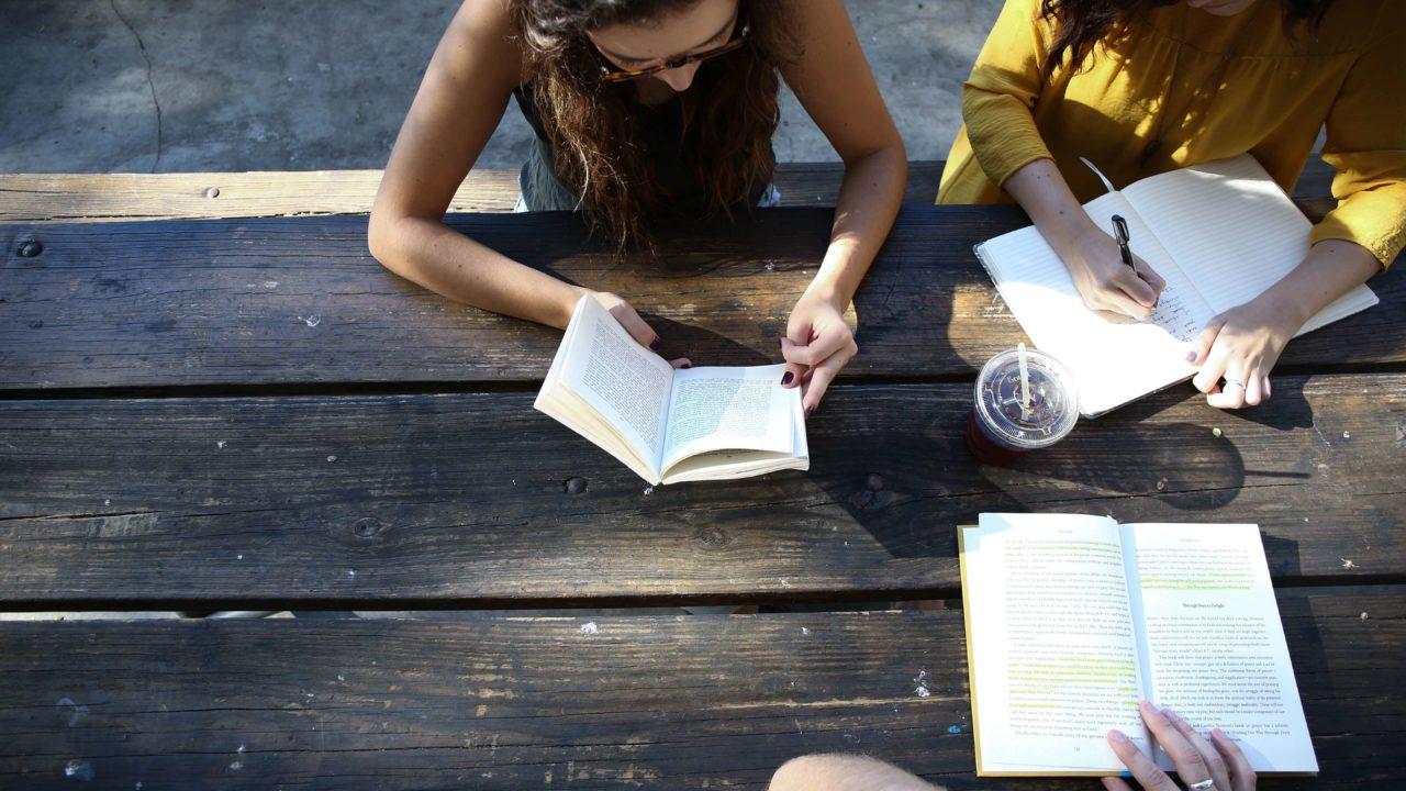 中国語で仕事することは勉強になる?